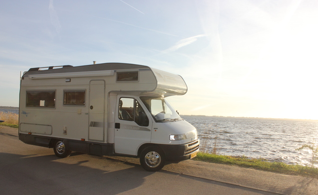 Skipper – Onze fijne camper (Skipper) te huur. #camperzonderstress