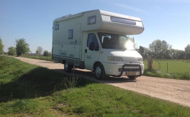 Heerlijks 6 persoons Fiat camper te huur