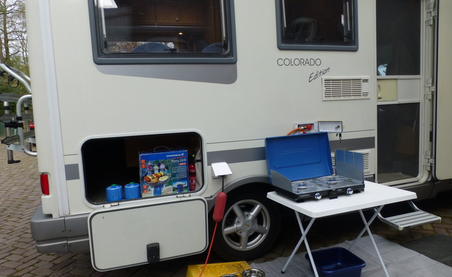 Ons tweede huis op wielen – Karmann Colorado 2,5 ltr U-zit