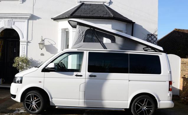 Noleggia questo volkswagen camper per 4 persone in for Tettoia per camper