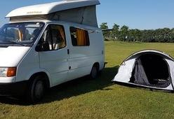 Gerenoveerde camper - ruimtelijk en zeer gebruiksvriendelijk