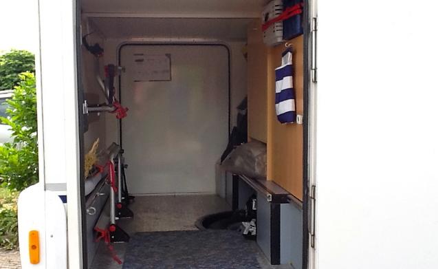 Compacte 2 persoons camper