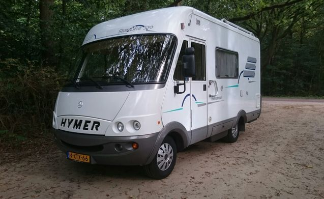 rent this hymer motorhome for 3 people in veendam from p d. Black Bedroom Furniture Sets. Home Design Ideas