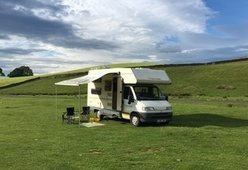 Bee Happy – Cosy Family Camper! Located Lake District and Yorkshire Dales