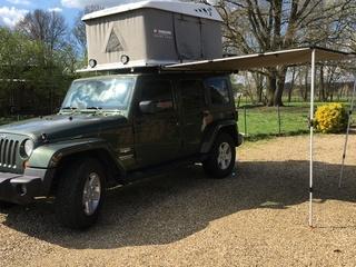 Jeep Wrangler avontuurlijke reiswagen