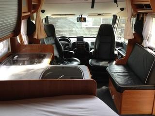 Compacte luxe camper 5 personen leer airco