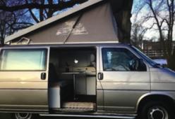 Fijne Volkswagen T4 camper - 4 persoons