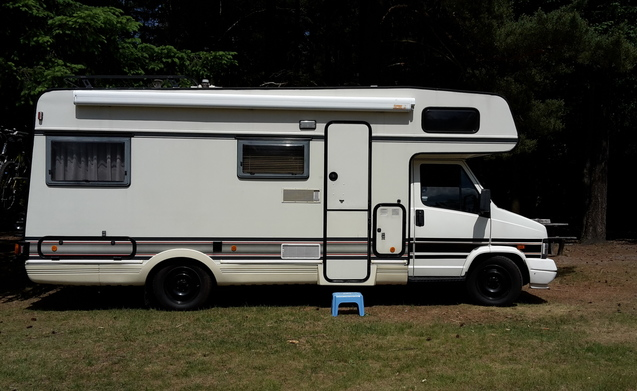 Rent this fiat motorhome for 5 people in rijssen from p d for Fiat ducato camper ausbau
