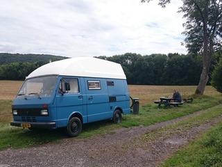 Baby Blue Rose – Unieke volkswagen LT