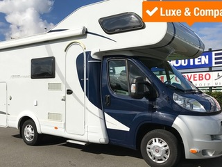 Complete & Compacte 6-persoons camper (Luxe)