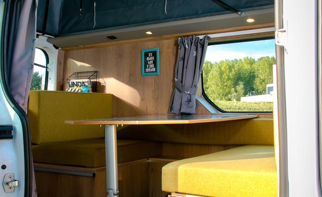 Miete dieses opel vivaro wohnmobil mit 3 leuten in for Interieur niederlande