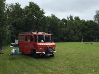 Hein – Feuerwehr bus Hein: 'n unieke en ludieke camper