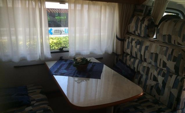 Den Biggel – Heerlijke compacte camper te huur voor 2 personen