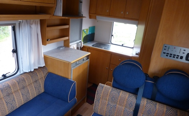 praktische en comfortable camper te huur van particulier