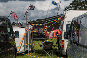 5 Reasons to Hire a Campervan for a Festival