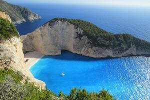 Le 7 spiagge più belle ancora non scoperte in Europa
